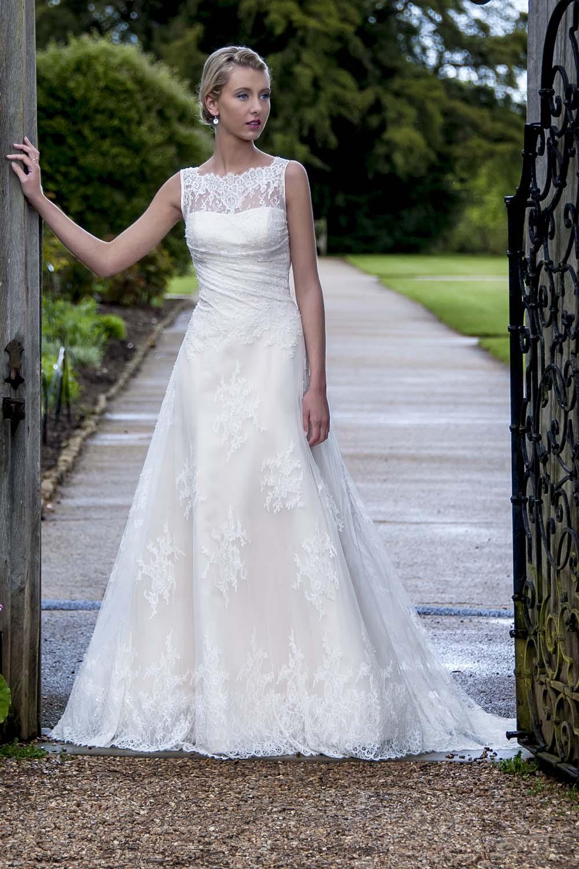 Augusta jones wedding dresses wedding days of cheltenham for Wedding dresses in augusta ga
